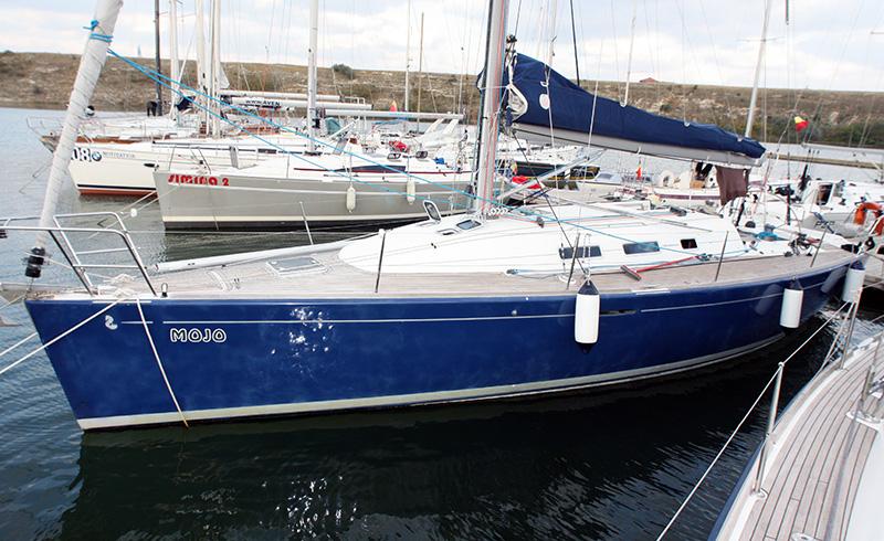 Ambaractiune Sailing Yachr 40'